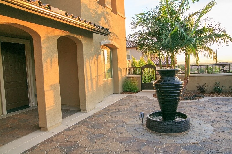 Courtyard Pavers 1